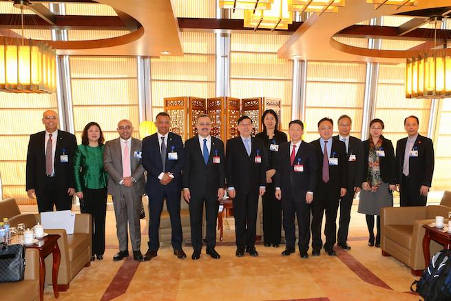 李伟主任会见沙特国家石油公司总裁兼首席执行官纳瑟尔
